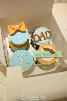 Birthday Cake For Father, Fathers Day Cupcakes, Fathers Day Cake, Cupcakes For Boys, Love Cupcakes, Man Cookies, Cute Cookies, Cupcake Cookies, Fondant Toppers