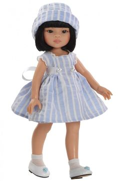 Cute outfit.  Paola Reina doll