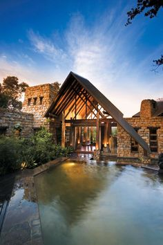 Looking for a honeymoon hotel for your safari honeymoon? Look at Tsala Treetop Lodge - South Africa Beautiful World, Beautiful Places, Bali, Africa Destinations, Luxury Escapes, A Frame House, Holiday Places, Hotels, Seychelles