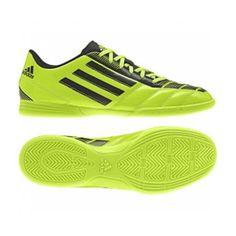 Sepatu Adidas Taqueiro IN F32977 ini akan melindungi kaki anda dari resiko  cidera pada saat bermain bola di lapangan. Sepatu ini diskon 15% dari harga  Rp ... 9f808d1eea