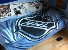 Twitter fan @grahnz gets to sleep in his favorite sheets as he counts down to October. #IsItOctoberYet