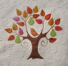 """I have to put at least one bird in my """"to do"""" tree mini quilt."""
