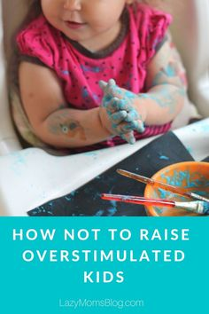 How NOT TO raise overstimulated kids! And what to do if you wan't your kids to be able to play alone, be imaginative and capable to concentrate. Step Parenting, Parenting Articles, Parenting Hacks, News Articles, Raising Girls, Kids Board, New Parents, Our Kids, Mom Blogs
