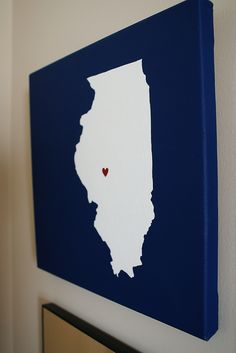 Do-it-yourself maps on canvas. Fun idea to decorate!