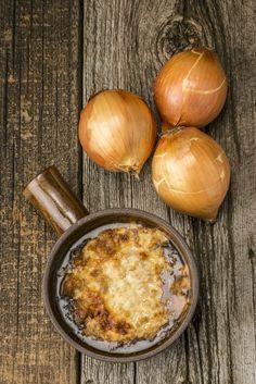 Soupe à l'oignon à la Guinness et à l'estragon - Châtelaine