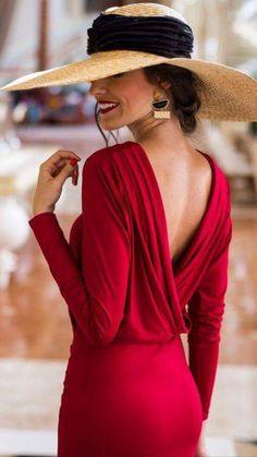 Dana backless red body dress Classy lady with backless red dress. Love the hat, too Classy Dress, Classy Outfits, Elegant Dresses Classy, Trendy Dresses, Red Backless Dress, Dress Red, Bodycon Dress, Classy Women, Classy Lady