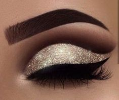 Matte Eye Makeup, Glitter Eye Makeup, Eye Makeup Art, Natural Eye Makeup, Eye Makeup Tips, Prom Makeup, Eyeshadow Makeup, Wedding Makeup, Makeup Products