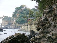 六角堂(大五浦側から)