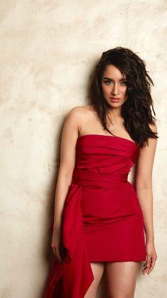 Beautiful Shraddha Kapoor In Hot Red Dress. - Bollywood New Star Bollywood Actress Hot Photos, Indian Bollywood Actress, Bollywood Girls, Beautiful Bollywood Actress, Beautiful Indian Actress, Bollywood Fashion, Indian Actresses, Bollywood Style, Beautiful Actresses