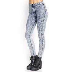 High Waisted Acid Wash Skinnies NWOT lightly distressed acid wash skinny jeans Forever 21 Jeans Skinny