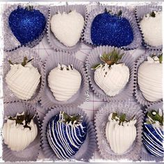 Royal blue and Pearl White chocolate covered strawberries! Blue Chocolate, Homemade Chocolate, Chocolate Dipped, Blue Birthday, Sweet 16 Birthday, Valentine's Day Quotes, Candy Table, Dessert Table, Royal Blue Cake