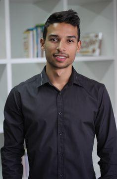 Jonathan Taioba - SOU FÃ Empreendedor Digital há mais de três anos e fundador de vários projetos online de sucesso. Hoje vivo exclusivamente dos meus ganhos com a Internet!