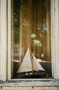 I have always loved paper sail boats! They are so peaceful to watch floating in a pond. -RDH