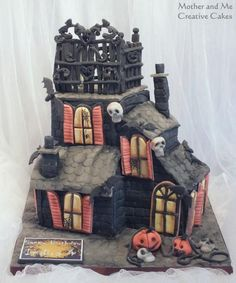 Halloween Haunted House - Cake by Mother and Me Creative Cakes