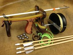 Two Survival Weapons Survival Weapons, Apocalypse Survival, Survival Tools, Camping Survival, Outdoor Survival, Survival Prepping, Lance Pierre, Sling Bow, Homemade Weapons