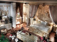 King Bed Room Royal Suite Gold Italy Finish - Top and Best Italian Classic Furniture
