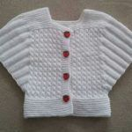 Örgü Süslü,Şirin Cici Bebek Yelekleri ve Yeni Çocuk Yelek Modelleri arayan. Knitted Ornate, Cute Baby Vests and New Children's Vest Models looking for ladies from each other on the site of Baby Cardigan, Baby Pullover, Baby Knitting Patterns, Baby Bolero, Baby Overall, Knit Vest Pattern, Baby Fabric, Knitted Poncho, Knitted Baby