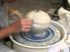 ▶ Tom Coleman Workshop - 2013 - Production by Jim & Sarah Young - Van Hollow Pottery - YouTube