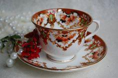ROYAL ALBERT/Crown China/Imari Style/Tea Cup and Saucer/1925 to 1927/Gold Trim with Burnt Orange
