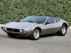 Voir cette image sur PhotosCar: La De Tomaso Mangusta est une supercar du constructeur automobile italien De Tomaso. Construite de 1967 à 1970, elle a été suivie par la De Tomaso Pantera. PhotosCar vous présente cette photo, si cette image vous plait vous pouvez la télécharger. Merci de laisser un commentaire.