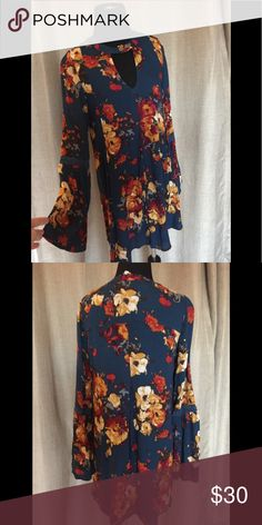 Blu Pepper Tunic dress Gorgeous deep teal floral print bohemian style dress w/tags. Bought at Nordstrom Rack. Blu Pepper Dresses Mini