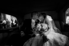 Yep out of focus just adds to this image and shouldn't be discarded when the moment is this good. . . . #documentary #documentaryphotography #documentaryweddingphotographer #documentaryphotos #journalisticweddingphotographer #unposed #Collingwoodphotographer #Torontoweddingphotographer #instapic #unposedphotography#brides #destinationweddingphotographer #francesmorencyphotography #torontowedlist #destinationphotographer #outdoorweddings #greenweddingshoes #lookslikefilm #junebugweddings Toronto Wedding Photographer, Destination Wedding Photographer, Out Of Focus, Documentary Wedding Photography, Green Wedding Shoes, Insta Pic, Documentaries, Brides, Wedding Photos