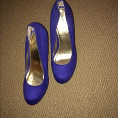 Massimo wedge shoe. Worn twice! Massimo wedge shoe. Worn twice! No box! Royal blue! Excellent condition! Massimo Dutti Shoes Wedges