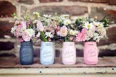 So freaking gorgeous! Painted Distressed Mason Jars by BeachBlues