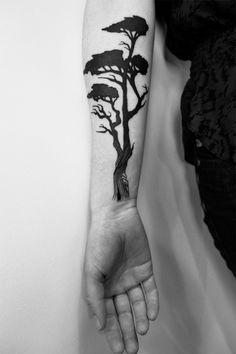 matt matik tattoo... linework at the bottom... awesome