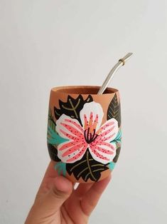 Biscuit, Decorated Flower Pots, Flower Pot Design, Cat Eye Nails, Diy Cutting Board, Pottery Painting, Dot Painting, Painted Pots, Diy Canvas