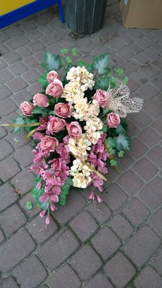 Funeral Flowers, Flowers Perennials, Memorial Day, Centerpieces, Floral Wreath, Wreaths, Floral Arrangements, Decorations, Gardens
