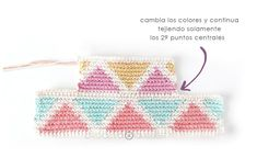 Learn how to make this CUBE Crochet Toiletry Bag usin the Tapestry Technique. FREE Step by Step Tutorial & Pattern. Designed to turn heads! Crochet Pouch, Crochet Chain, Crochet Hooks, Tapestry Crochet Patterns, Crochet Fabric, Diy Bags Patterns, Knitting Daily, Granny Square Bag, Cube Pattern