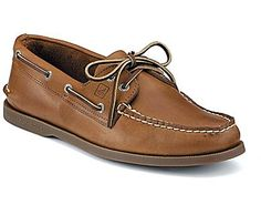 Find the men's boat shoes that match your classic style with the Authentic Original Boat Shoe from Sperry Top-Sider. Order these men's leather boat shoes today.