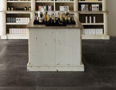 Viva - Lacca Caffè 80x80  #porcellanato #cemento #SBG #MadeInItaly #pisos