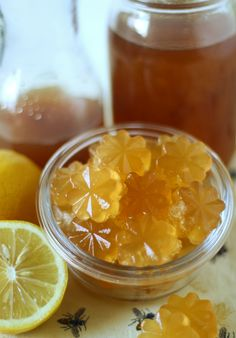 Apple cider vinegar gummies are a great way to get your daily dose of ACV! These homemade gummies are made with grass-fed gelatin, apple cider vinegar, lemon juice, and raw honey. Apple Cider Vinegar Daily, Homemade Apple Cider Vinegar, Apple Cider Vinegar Benefits, Homemade Dish Soap, Homemade Gummies, Fruit Snacks, Healthy Snacks, Keto Snacks, Healthy Eating