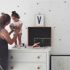 #LetrasLuces #pizarra #laminas #laminasabecedario #lámina #deco #decoracioninfantil #kidsroom #nursery #interior4all #instamamis #infantil #tiendaonline