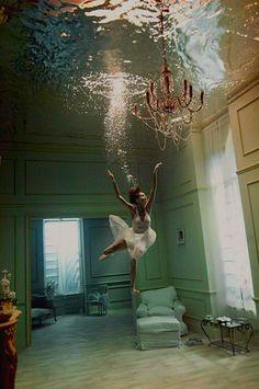 pinewood studios underwater stage♥