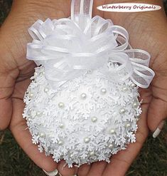 Snowball Ornament – Christmas Ornament, Co-Worker Gift, Ornament Exchange Gift This unique ornament is fashioned from sparkly hand-punched paper snowflakes on a snow-textured ball topped with a satin-edged white gauze bow and hanger. The edges of the sn Shabby Chic Christmas Ornaments, Diy Christmas Ornaments, Handmade Christmas, Christmas Wreaths, Christmas Crafts, Christmas Decorations, Christmas Stuff, Felt Christmas, Vintage Christmas