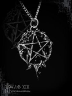 cool Pentagram with ivy, Ivynagram, gothic jewelry, medieval jewelry, victorian jewel...