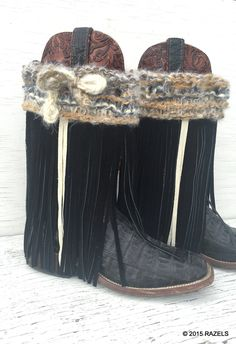 CUSTOM Cowgirl Boot Covers, Cowgirl Style, FRINGE BOOTS, BOHO BOOTS,. ☆.¸¸.•´¯`♥ Boot Covers are hand knit, hand fringed and one of a kind! ☆.¸¸.•´¯`♥ Gratify the boot lover in your life with these one-of-a-kind Boot Covers ☆.¸¸.•´¯`♥ it is SWEETHEART SEASON! This delightful handmade boot covers is made with hand cut black leather fringe adorned with even more ivory fringe~~ I know right!!? ´*•.¸(´*•.¸♥¸.•*´)¸.•*´ ♥• AWESOME •♥ ¸.•*´(¸.•*´♥´*•.¸)´*•.¸ The tops are hand knit ~by me :)…