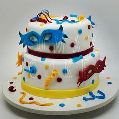 Mamãe eu quero, mamãe eu quero.. #bolodecarnaval #tomazcake #cakedesign #bolodecorado #boloconfeitado #bolodeaniversario #festa