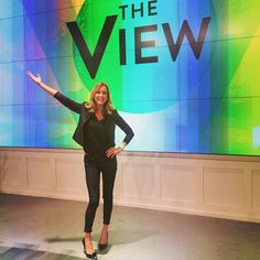 I stopped by The View to show Rosie and Nicole some of my #FleaMarketFabulous finds - check it out here: http://abc.go.com/shows/the-view/video/pl5554876/vdka0_7ck3wv2g