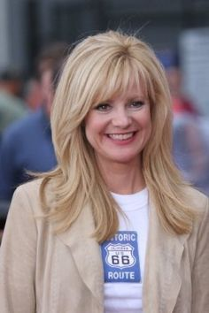 Bonnie Hunt, funny lady - actress/producer/writer/director - born 09/22/1961  Chicago, Illinois