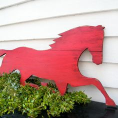 Wooden Horse Sign Barnwood Red Distressed Large by SlippinSouthern, I wonder how hard it would be to make??