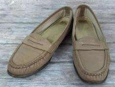 188e52185cfb SAS Tripad Comfort Penny Loafers Womens Size 10 Beige Leather Shoes  SAS   LoafersMoccasins  Casual