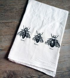 Three Bees Tea Towel. for the queen bees out there