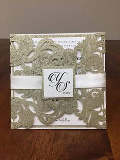 Impress your wedding guests with these beautiful, traditional yet trend-setting laser cut wedding invitations! Perfect for your upcoming wedding, these laser cut (or die cut) invitations will surely be a hit. The inside card is separate from the laser cut pocket and ALL PAPER