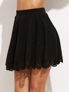 Falda con ribete festoneado y detalle hueco de laser - negro