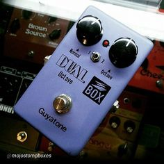 """By @mojostompboxes """"Nothing else does 8-bit octave glitches like this.  #guyatone #octave #mojostompboxes"""""""