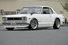 "1972 Nissan Skyline ""GT-R"" this is the car I was thinking about importing some day. Nissan Skyline Gt, Skyline Gtr, Japanese Domestic Market, Classic Japanese Cars, Classic Cars, Jdm, Old School Cars, Japan Cars, Retro Cars"